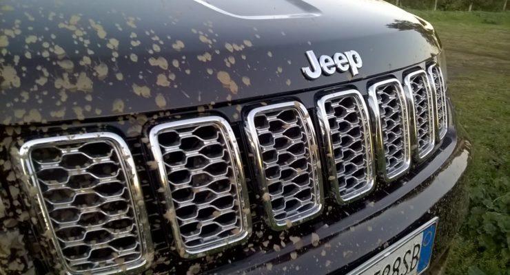 Jeep Cherokee Summit – il SUV lussuoso pronto a tutto