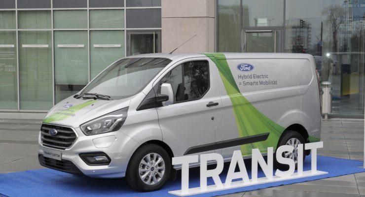 Ford e l'elettrico: ecco i Transit Custom Plug-in Hybrid
