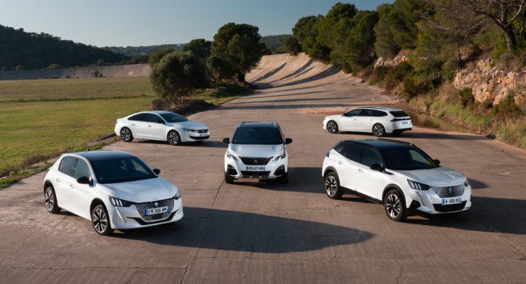 Peugeot parte alla grande nel mercato italiano il Leone è il 1° brand tra le auto elettrificate